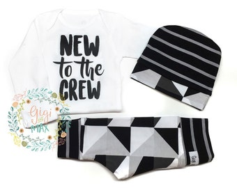 Baby Outfit New to the Crew coming home outfit Black and White Triangle Monochrome theme going home set hello world baby shower gift com