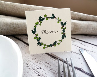 Hand-drawn Holly Wreath Place Cards // Christmas Table Decor // Pack of 8