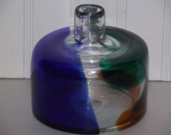 """Three color, hand blown Art Glass piece, clearly signed by """"SOLRIATI"""" in excellent condition !!"""
