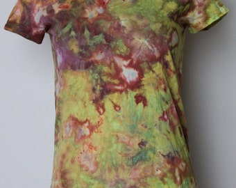 Tie Dye tee shirt Ice Dyed V neck - size Small - Serendipity's Glow crinkle