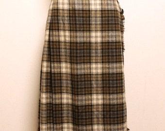 70s vintage Johnstons of elgin kilt skirt made in scotland
