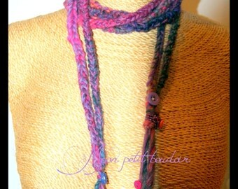 """long necklace wool """"plum and raspberry"""""""