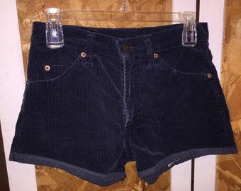 Vintage Corduroy Highwaisted Shorts