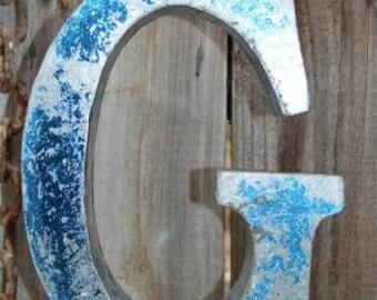 Medium vintage style 3D blue letter G