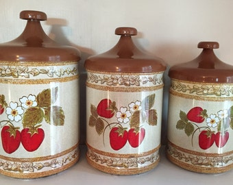 Strawberry Tin Canister set, Lincoln Beautyware Canisters, Country Kitchen, Strawberry Containers, kitchen storage, Craft storage