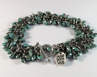Beaded chainmaille bracelet - Shaggy bracelet in Sea Foam Picasso
