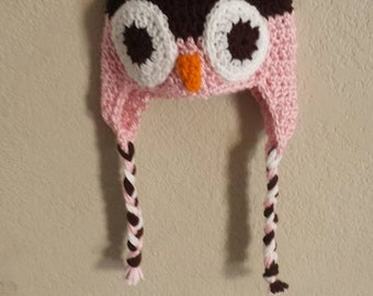 Baby pink owl hat