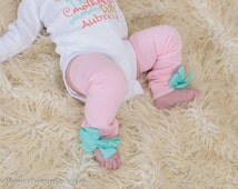Baby Pink Leg Warmers with Teal bows! Infant to Toddler! Baby Girl, Ready to ship. Spring couture. Summer Leg Warmers