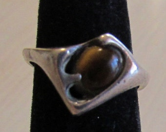 Sterling Silver and Tigereye Ring Size 6