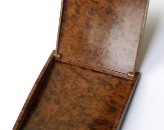 Unusual Vintage Cigarette Case