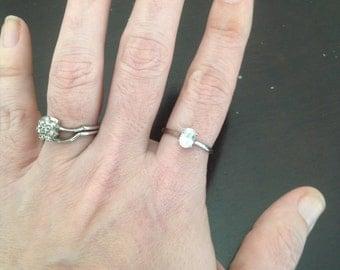 10k White Gold White Zircon Ring -- Size 8