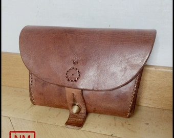 Vintage Swedish Army Ammo Bag -  Ammunition Case of the Swedish Military - Made of Sturdy Leather   - Very good ycondition