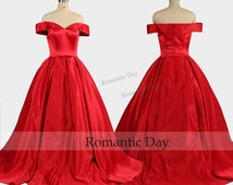 Elegant Boat Neckline Red Ball Gown/Palace Ball Gown/Vintage Dresses/Queen Dress/Custom Made 0457