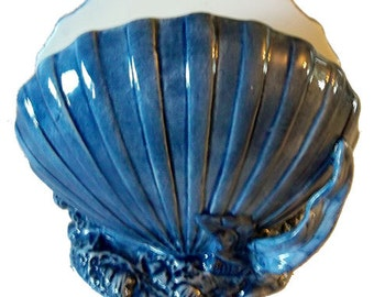 Blue Scallop Napkin Holder