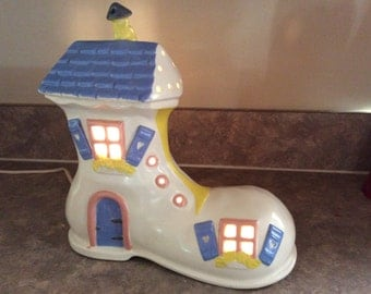 The Old Lady that Lived in a Shoe' Night Light, Thelma's Playhouse.