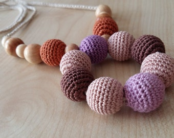 Nursing necklace.Teething toy.Breastfeeding toy.Nursing toy.Bright necklace.For mom.Baby toy.Juniper.Organic cotton. Bio wood.