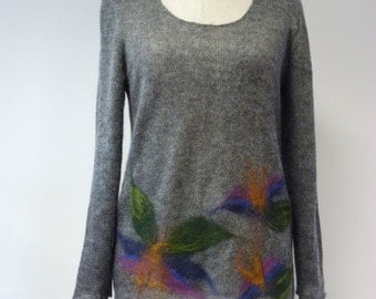 WINTER SALE. Delicate grey mohair swetaer, L size.