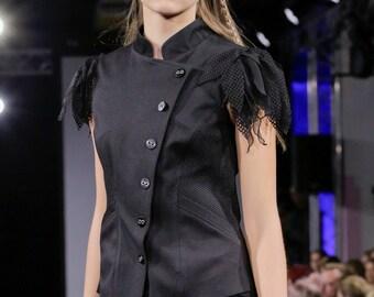 Black jacket, sleeveless
