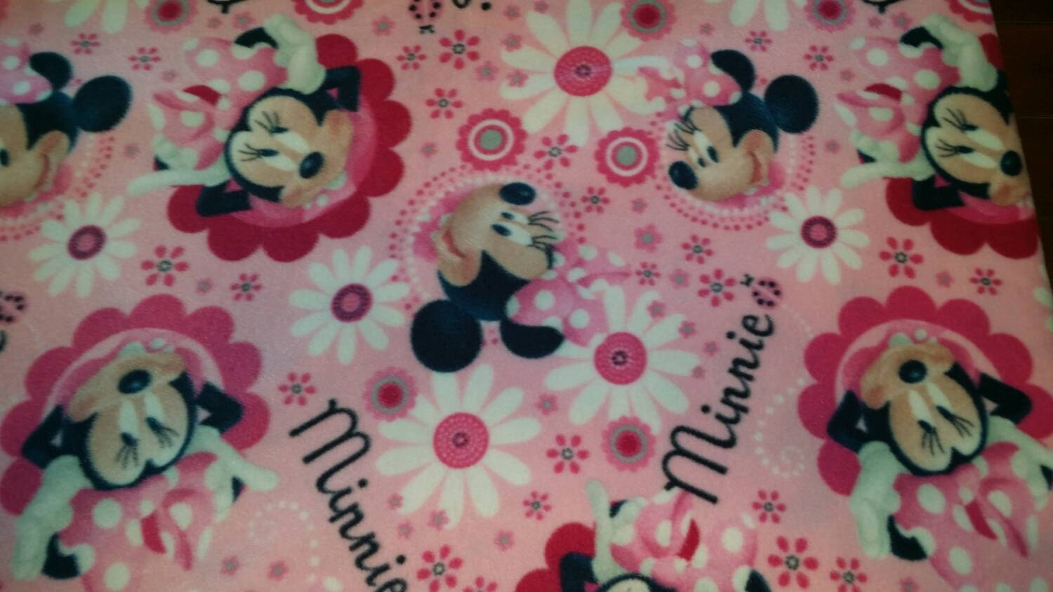 minnie mouse fleece fabric sold by the 1 2 yard rare hard. Black Bedroom Furniture Sets. Home Design Ideas