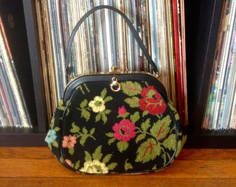 Vintage 1960s Womens FLORAL Print Carpet PURSE Tote Bag Boho Mod Hippie