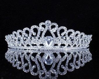 Gorgeous Bridal Crown Tiara / Wedding Crown Tiara Silver / Sweet 16 Crown Tiara