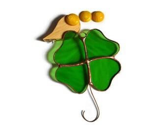 Stained Glass Shamrock Decoration, Irish 4 Leaf Clover Ornament, Lucky Shamrock Window Decoration Suncatcher Wall Decor St Patricks Day Gift