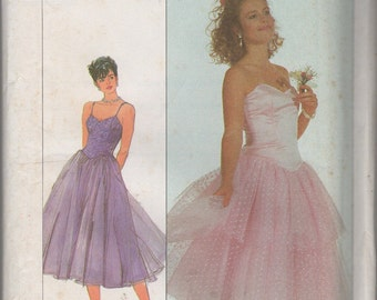 Misses Lined Bodice Party Dress Sewing Pattern - Simplicity 8016  - Size 10 Bust 32 1/2 - Uncut