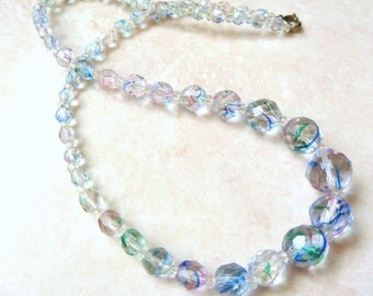 Vintage 1950's Faceted Striated Coloured Glass Bead Necklace.