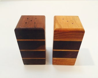 Vintage Salt and Pepper Shakers, Wood Salt and Pepper shaker, Rectangle with Stripes, Mid-Century, Retro, Vintage Kitchen