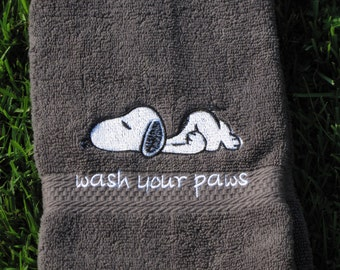 Wash your paws - Snoopy Hand Towel - Dark Gray