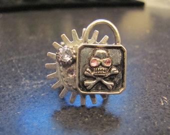 Skull Padlock Ring