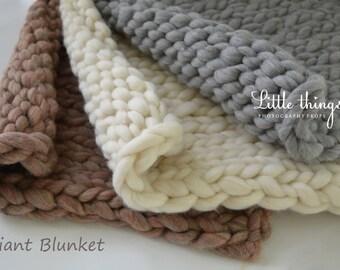 Newborn Baby Giant Blanket - Super Chunky Blanket - Huge Blanket - Photo Photography Prop