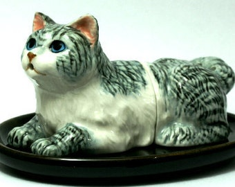 Cat, salt and pepper shakers -  4439