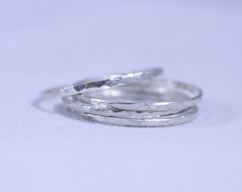 Set of 4 Delicate Argentium Sterling Hammered Regular or Midi Stack Rings