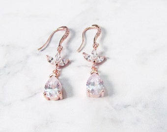 rose gold earrings wedding rose gold bridal jewelry, bridesmaids gift earrings, rose gold crystal earrings, rose gold drop earrings
