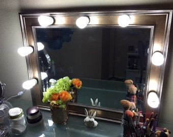 Hollywood Style Lighted Mirror