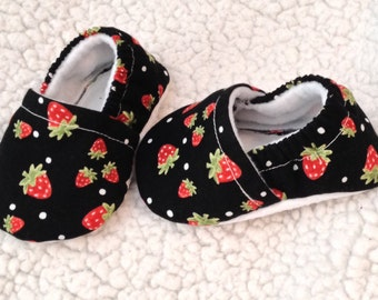 Baby Booties strawberry prints (prints may vary), Crib shoes, Baby crib shoes, baby shoes, baby gift