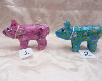 Pigs  ( decoupage )