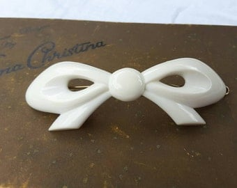 White Lucite Bow Hair Barrette Vintage 1960's