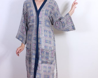 "1970s Mens Vintage Robe by ""Robe Makers"""