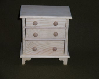 Doll dresser Part No. 1601-0