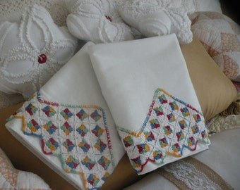 40s Cottage Chic Pillowcase Pair