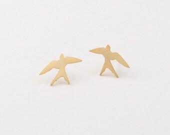Matt gold plated tiny Swallow earrings, 925 sterling silver EarStud, swallows bird earrings, sterling silver post earrings