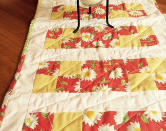 """Sunshine Daisy Quilted Table Runner (44"""")"""