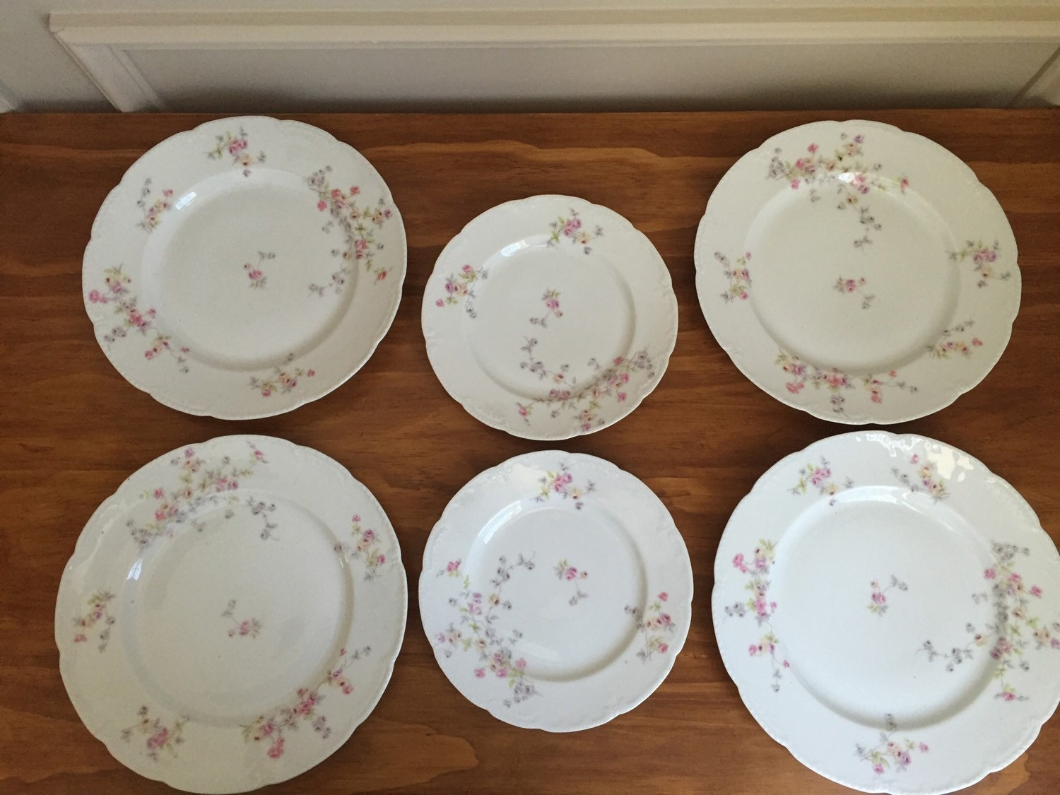 vintage bassett limoges 6 pink and blue floral dishes 4. Black Bedroom Furniture Sets. Home Design Ideas