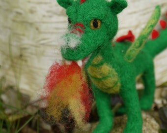 needle felted dragon, waldorf dragon, felt green dragon, felted fairytale dragon, green dragon, miniature dragon, fairytale sculpture