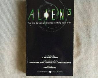 ALIEN 3 (Paperback Novelization by Alan Dean Foster)