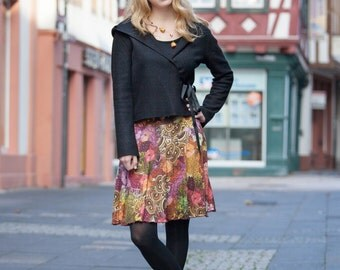 Lively colorful Jersey skirt