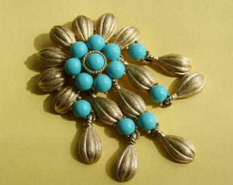 "TRIFARI CROWN ""Cleopatra"" Pendant Brooch Brushed Gold Tone Turquoise Colored Beads"