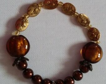 Traditional elastic bracelet